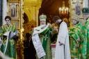 Святейший Патриарх Кирилл рукоположил во иерея диакона Алексея Черного. Протоиерей Алексей Емельянов награжден правом ношения креста с украшениями.