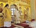 Три митрополита Грузинской Православной Церкви возглавили Божественную Литургию в Князь-Владимирском храме